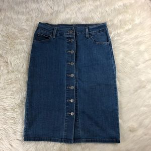 Levi's denim button down skirt